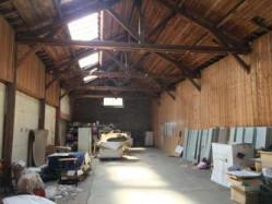 Entrepôt de stockage pour voiture, camping-car, garde meuble