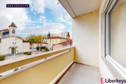 Appartement 3 pièces de 76.62m²   Rue Saint-Maurice - Plein coeur Monplaisir avec balcon et vue dégagée   Lyon