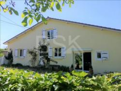 Belle maison d'habitation entièrement rénovée de 127 m²  sur Terrain de 1589 m²