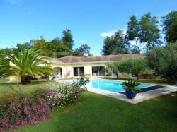 Villa F7 de plain-pied avec piscine