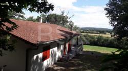 Belle Villa de 153 m² sur un Magnifique domaine d'une capacité de 12 HA avec Vue sur les Pyrénées