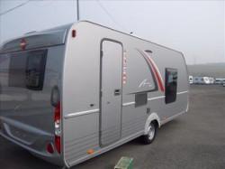 Caravane BURSTNER AVERSO 455 TS en très bon état