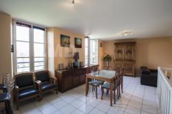 Chemillé centre - Maison atypique avec jardin - 2/3 chambres