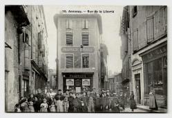 CPA - ANNONAY (07) - Rue de La Liberté (animé)