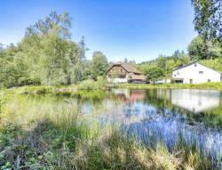 Domaine sur plus de 4 hectares avec étangs