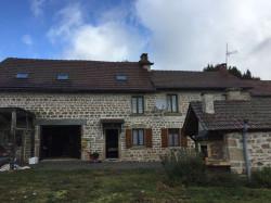 Propriété en pierre composée de deux maisons d'habitation