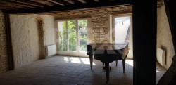 20 Minutes d'Auxerre, magnifique Maison ancienne très atypique!
