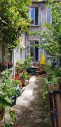 AUXERRE CENTRE, quartier calme, Magnifique Maison Ancienne rénovée et Divisée en 3 logements