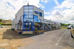 Fonds de commerce Garage automobile Carrosserie Mécanique Vente véhicules neufs et occasions