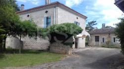 Charmante maison en pierre du quercy