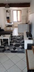 AUXERRE  /JONCHES Pour Investisseurs ! Bâtiment de 230 M2 loué en 5 appartements