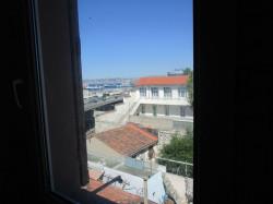 Marseille 2 ème appartement T2 traversant