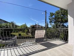 Maison 4 chambres grand garage, 540m2 terrain avec vue dégagée