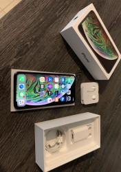 Vends iPhone XS MAX Noir 64 Go Débloqué