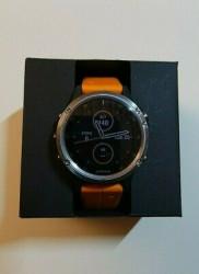 Montre Garmin FENIX 5 PLUS Smartwatch Musique 47mm Sapphirre