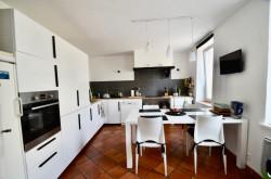 Frouzins - Maison 6 pièces de 166 m2