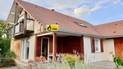 Thoiry centre: maison individuelle 150 m2- jardin clos