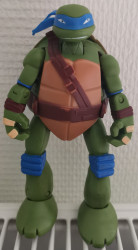 Figurine transformable Tortue Ninja Leonardo
