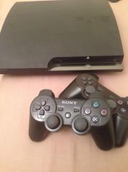 PS3 Slim 120Gb + 2 manettes + 9 jeux + Accessoires