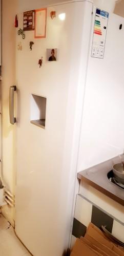 vide grenier 1er vide grenier permanent en france. Black Bedroom Furniture Sets. Home Design Ideas