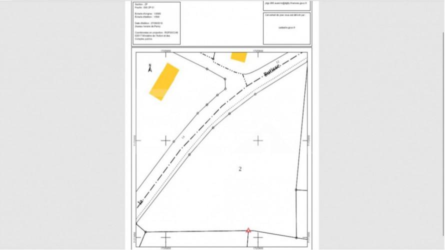 Terrain constructible de 4 600 m²