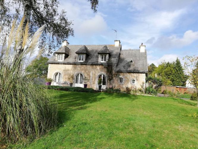 Maison en pierre 170 m² Ploermel