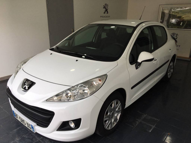 Peugeot 207 ACTIVE 1.4 VTI 16V