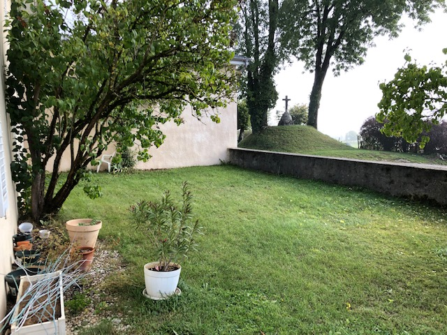 A VUILLECIN, 5 min. PONTARLIER, Appartement T2/T3