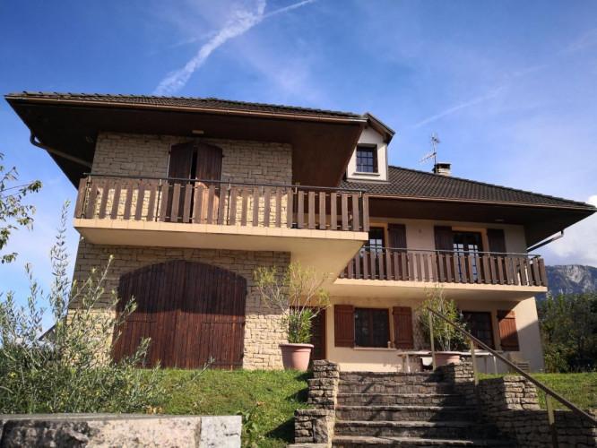 Maison de 270m2 avec vue lac du Bourget