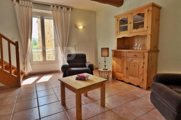Maison de village type 3 au calme ayant beaucoup de charme avec garage de 40 m²