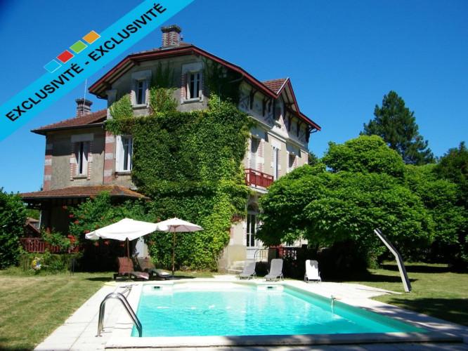 Magnifique propriété de 300 m² à Saint Sever