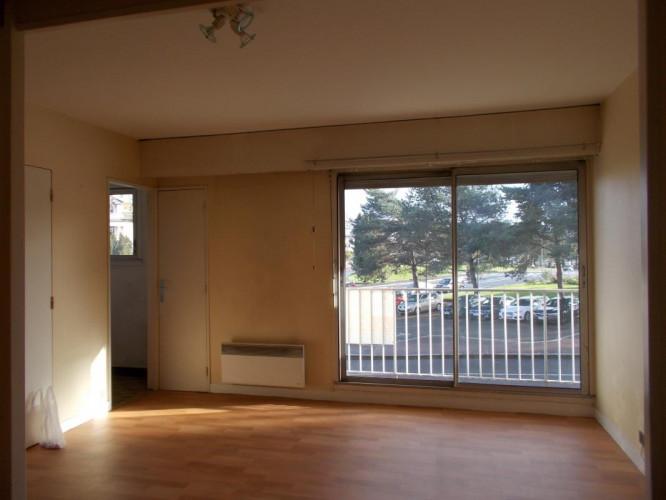 Studio avec balcon proche gare