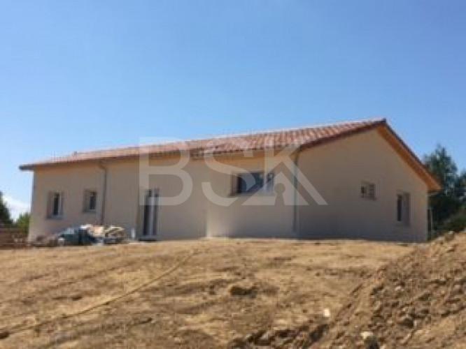 Projet construction  terrain + maison RT 2012 de 86 m² sur 601 m² à  Saint Pierre Du Mont  40280