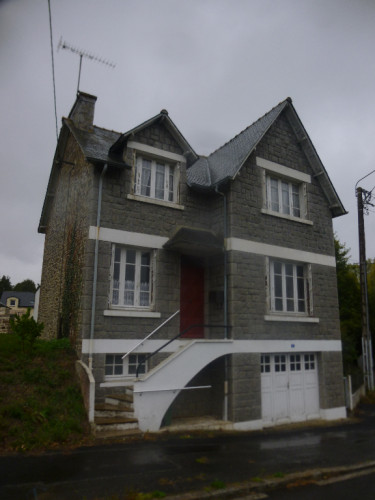Maison Plenee Jugon - 3 chambres - sous sol complet