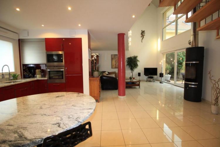 BELFORT Appartement T6 Triplex de 151 m² en rez de jardin