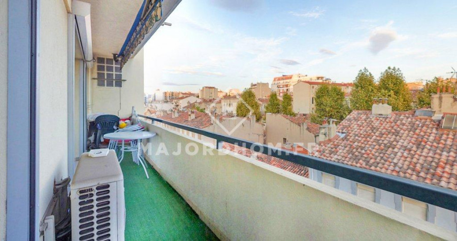 ***sous offre*** Vente appartement type 3 avec balcon 13004