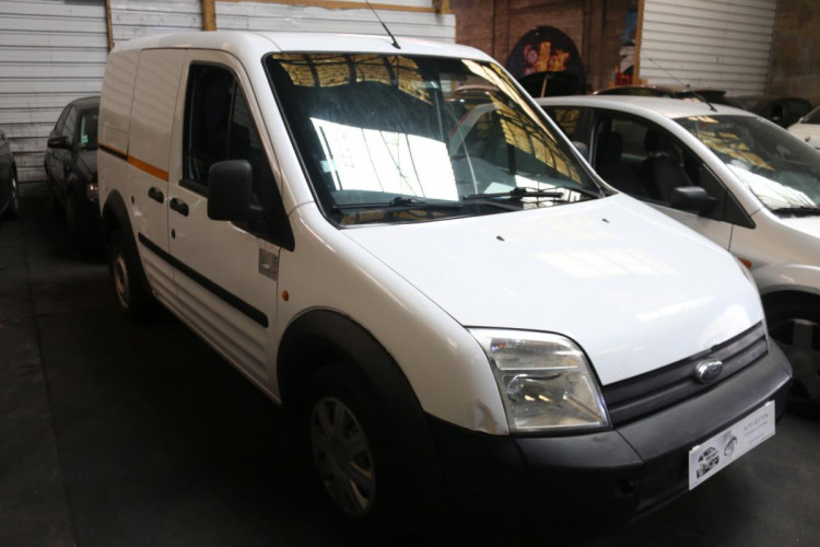 Ford Transit Connect FGN 1.8 TDCI 110 200 C