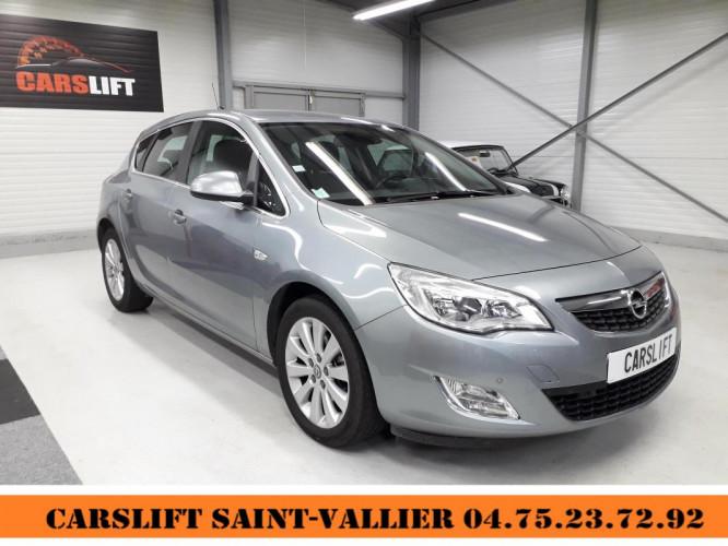 Opel Astra 1.7 CDTI 110 ch COSMO