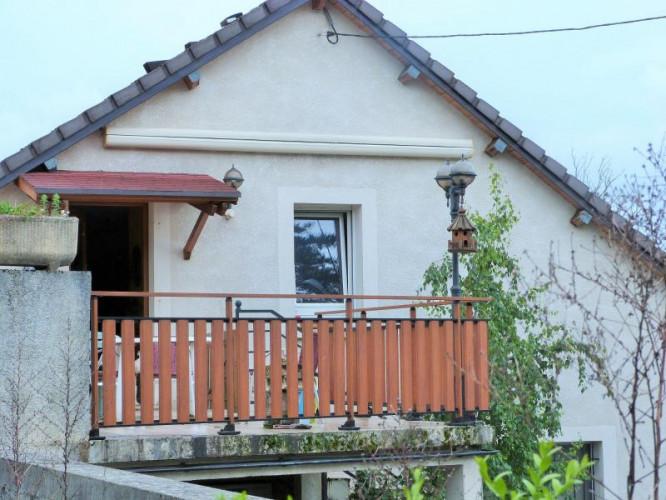 LONS-LE-SAUNIER 39000 JURA  Vends MAISON  habitation 85m²env.+ local professionnel 100m² env