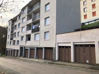 APPARTEMENT T1 Bis AVEC GARAGE A RENOVER 19000 TULLE
