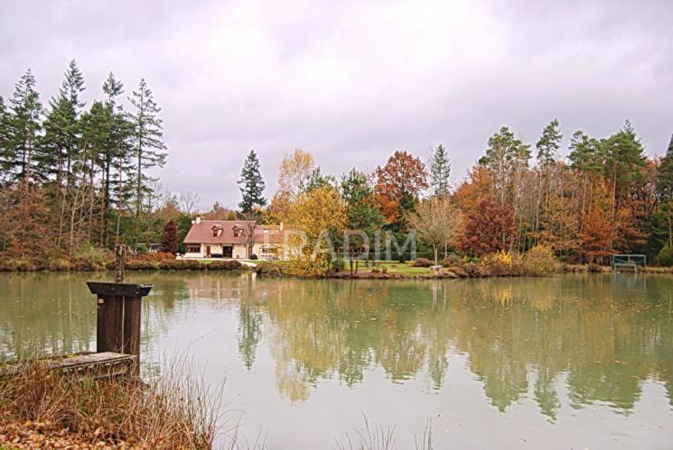 Propriété 10ha étang 1ha Maison 220m²