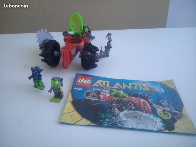 Lot de trois legos Atlantis : 8059, 8056, 8058