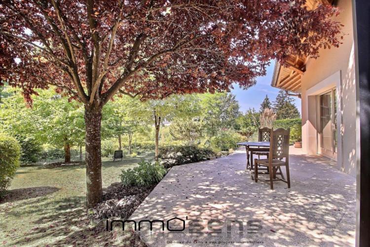 Villa sans vis à vis à Euville