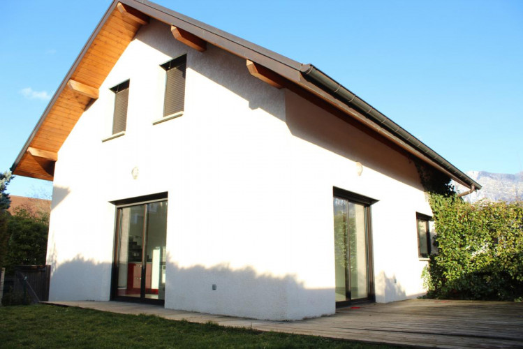 Maison, 4 pièces, garage, jardin plat, clos