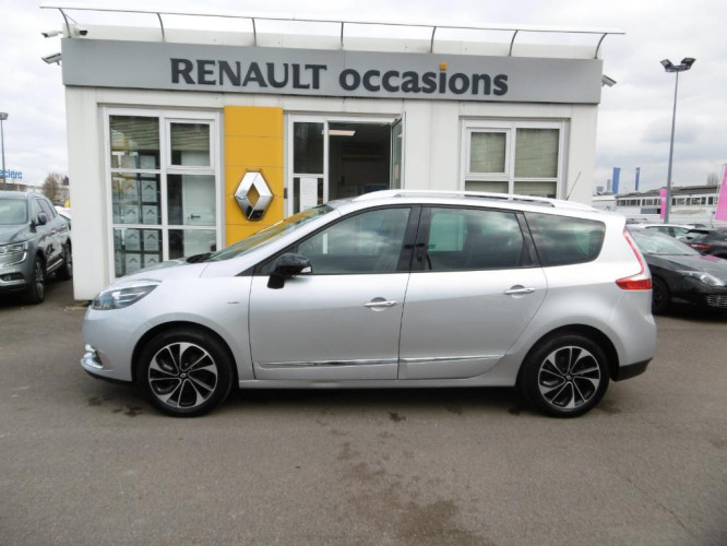 Renault Grand Scénic III dCi 130 Energy Bose Edition 7 pl