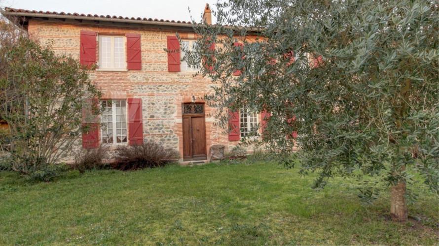 salle sur Garonne: maison de carctere