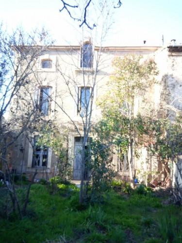 15 min de Carcassonne ,belle maison de Maître ,5 chambres ,c