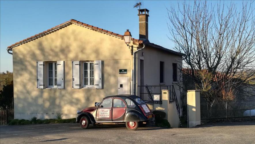 Maison de village habitable garage dependance jardin Coulgens