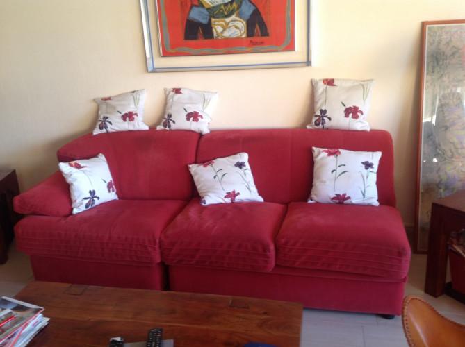 Canapé fixe rouge