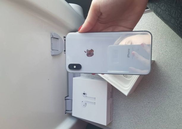 IPhone X état NEUF